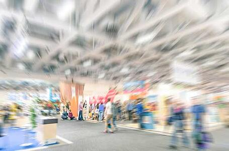 Expo_Floor_Blur_People_resized